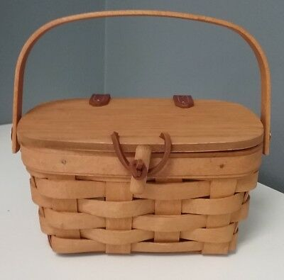 LONGABERGER NWOB Handle Basket With Toggle Lid Top Closure And Protector B3961