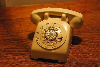 MINIATURE Bell Systems ROTARY Model 500 Telephone SALESMAN SAMPLE - BEIGE 1960's