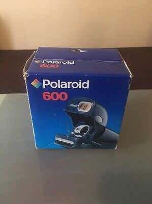 Polaroid 600 Film Camera Close W. Box - Vintage