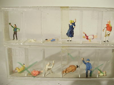 Preiser Factory Pre painted figures x 12. HO. Boxed. New old stock.