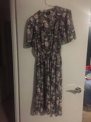 80s does 40s floral dress