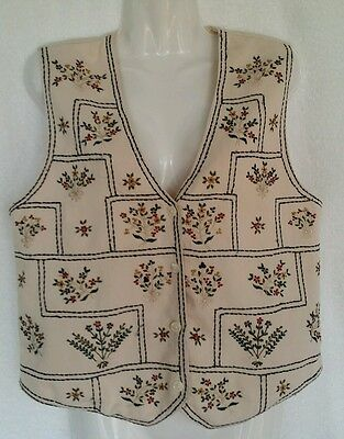 Size S Woman NEW DIRECTION 100 % Cotton Embellished With Embroidery Lined Vest