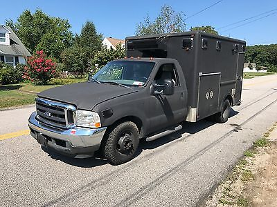 2002 Ford F-350  2002 ford f-350 swat , mobile command , bug out