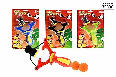 1 x TOY PLASTIC CATAPULT SHOOTER WITH 2 BALLS BALL LAUNCHER 15 CM