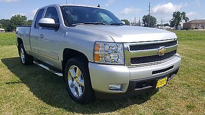 2011 Chevrolet Silverado 1500 LTZ 2011 Chevrolet Silverado 1500 4x4 Leather Heated Seats Low Miles