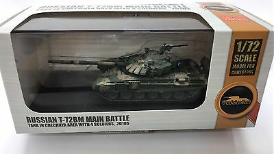 Modelcollect AS72059, Russian T-72BM Main battle Tank in Chechnya Area with 4 so