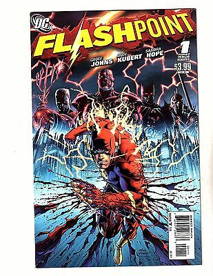 Flashpoint #1 ( Vf ) New Limited Series ( 2011 ) The Flash Dc Comic Book
