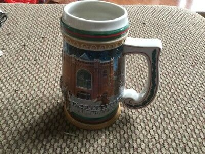 "1997 Budweiser Clydesdales Holiday Beer Stein ""Home For The Holidays"" CS 313"