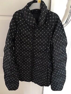 Uniglo Navy Girls Coat With Star Design. Size 12. Puffer Jacket. Collect Or Post