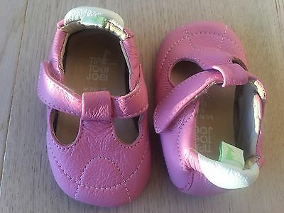 Baby Girl's Tip Toey Joey Pink Leather Shoes. Size EUR 18. Fits 3-6 months. NWOB