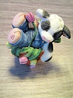 """Ensco 1996 """" Falling For Moo """"  Cow Figurine   FREE SHIPPING!!"""