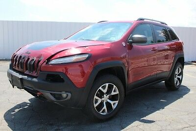 2015 Jeep Cherokee Trailhawk 4WD 2015 Jeep Cherokee Trailhawk 4WD Damaged Salvage Loaded w Options Perfect Color!