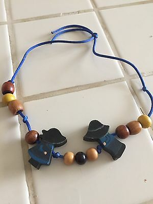 Amish Friendship Necklace Wood Beads And People