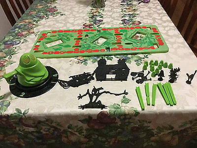 1965 Transogram Vintage Glow in the Dark Green Ghost Board Game incomplete