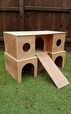 ::::::NEW LARGE RABBIT VERSION::::: 2 storey upstairs / downstairs shelter