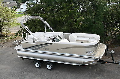 New 22 Ft Tritoon with 115 and trailer with and ski bar