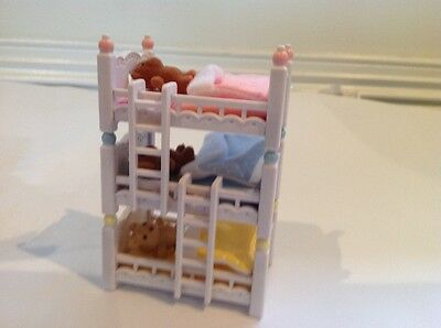 sylvanian families triplets bed