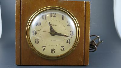 VINTAGE CLOCK 1940's Telechron 7H139 Wooden Alarm Clock In Working Order