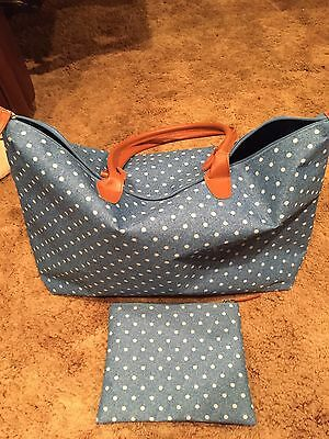 Large Weekend Bag With Matching Accessory Bag