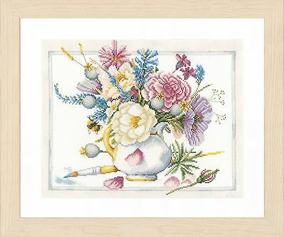Flowers in White Pot (Evenweave) :  Lanarte Counted Cross Stitch Kit - PN0165375