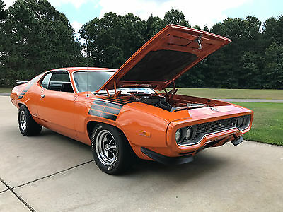 1972 Plymouth Road Runner  1972 Plymouth Roadrunner CLONE