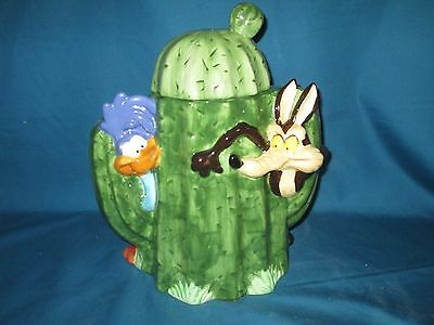 Warner Brothers Wile E. Coyote and Road Runner cookie jar