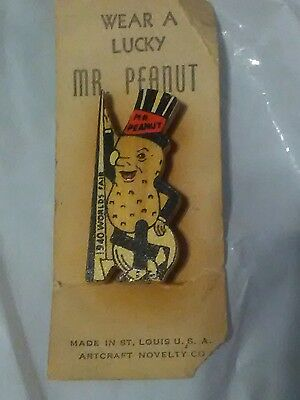 World's Fair 1940, Mr Peanut Pin, original packaging