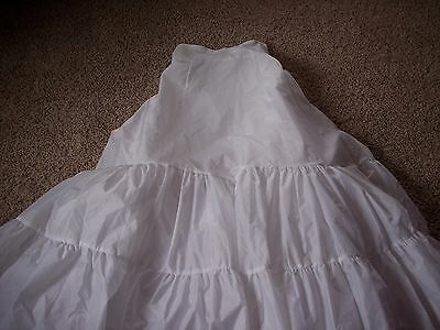 David's Bridal 2 Tier medium fullness Petticoat Size 8 - Style 603 - White