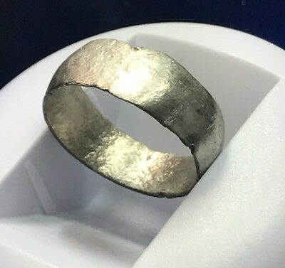 Large Ancient Roman Silver Ring Beautiful Artefact.