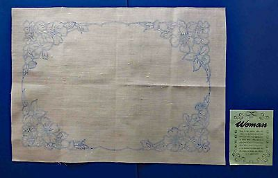 Vintage 1940'S Irish Linen Pre-Printed Tray Cloth To Embroider