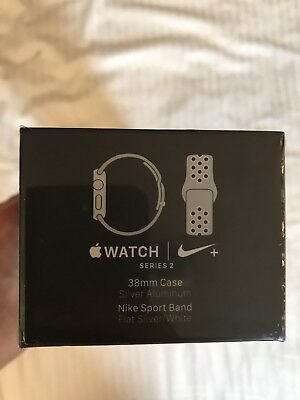 Apple Watch Nike+ Series 2 38mm Silver Aluminum Case with White Nike Sport Band