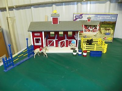 Breyer Stablemates Red Stable Set Horses Farm Barn Play 1:32 Scale Display Model