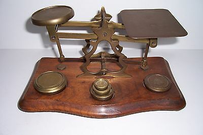 ANTIQUE BRITISH BRASS AND Walnut POSTAL SCALE WITH WEIGHTS