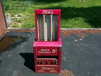 """Vintage Tom's Vending Machine """"Toasted Peanuts - 5 Cents"""".......Delicious Sandwi"""