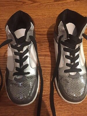 Girl's Gia Mia Hip Hop Flash Sneakers GS4W size 5 - Very good condition Dance