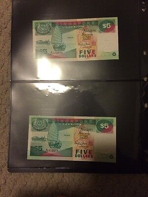 Singapore 5 Dollar Boats Series Note Consecutive Serial Number, With Red Seals