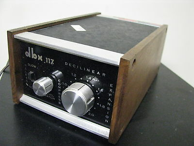 Vintage Retro dbx 117 DECILINEAR as pictures with some cables and more