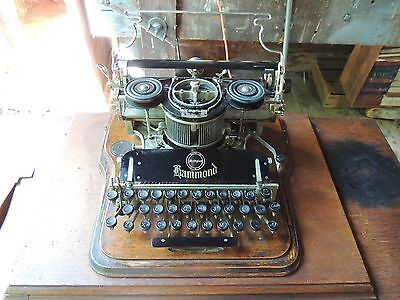 Hammond Typewritter attached to a singer base. One of A KIND