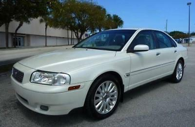 2006 Volvo S80 2.5T Sedan 4D 2006 Volvo S80, Pearl White Metallic with 125000 Miles available now!