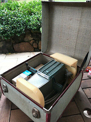 Vintage Bell And Howell Hi-Lyte Slide Projector And Case