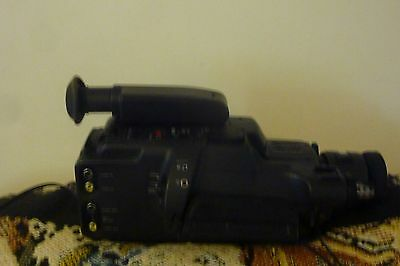 Sony Video 8 Handycam + Bag + Battery + Charger