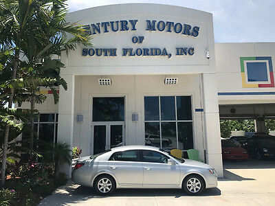 2005 Toyota Avalon  1 OWNER SERVICE RECORDS NIADA CERTIFIED WARRANTY CARFAX NO ACCIDENTS NON SMOKERS