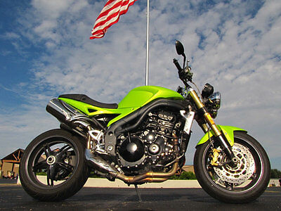 Triumph Speed Triple 1050 Speed Triple 1050 2007 Triumph Speed Triple 1050 Radioactive Green Stock Condition 23,082 Miles