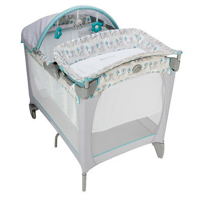 Graco Classic Electra Bassinet Travel Cot in Buddybear with Canopy,Change Table