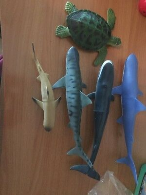 """Vintage  Larami 9.5"""" Humpback Whale Model And Sharks And Turtle All Large"""