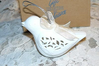 AVON 2003 White Porcelain Light-Up Dove Christmas Ornament NIB Beautiful Piece