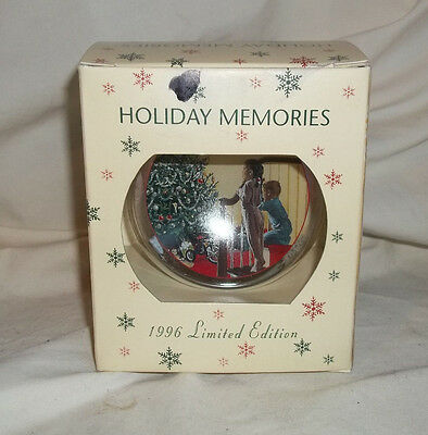 NEW ROMAN Inc. 1996 Limited Edition Reproduction 1956 SEARS WISH BOOK Ornament