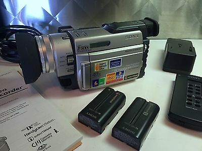 Sony DCR-trv900  good condition with case