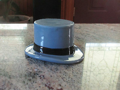 "Vintage Advertising ""Dobbs Fifth Avenue New York"" Porcelain Top Hat"