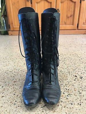 VINTAGE Black Leather Granny Boot Boots Size 7.5 Lace Up